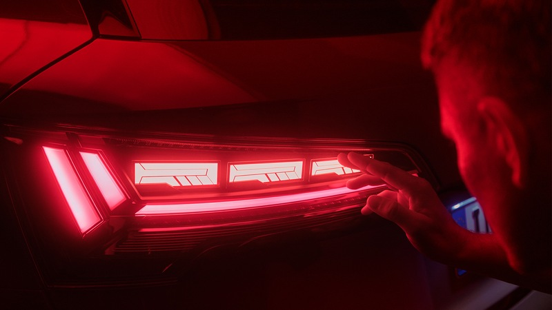 Discover Audi light design in your country.