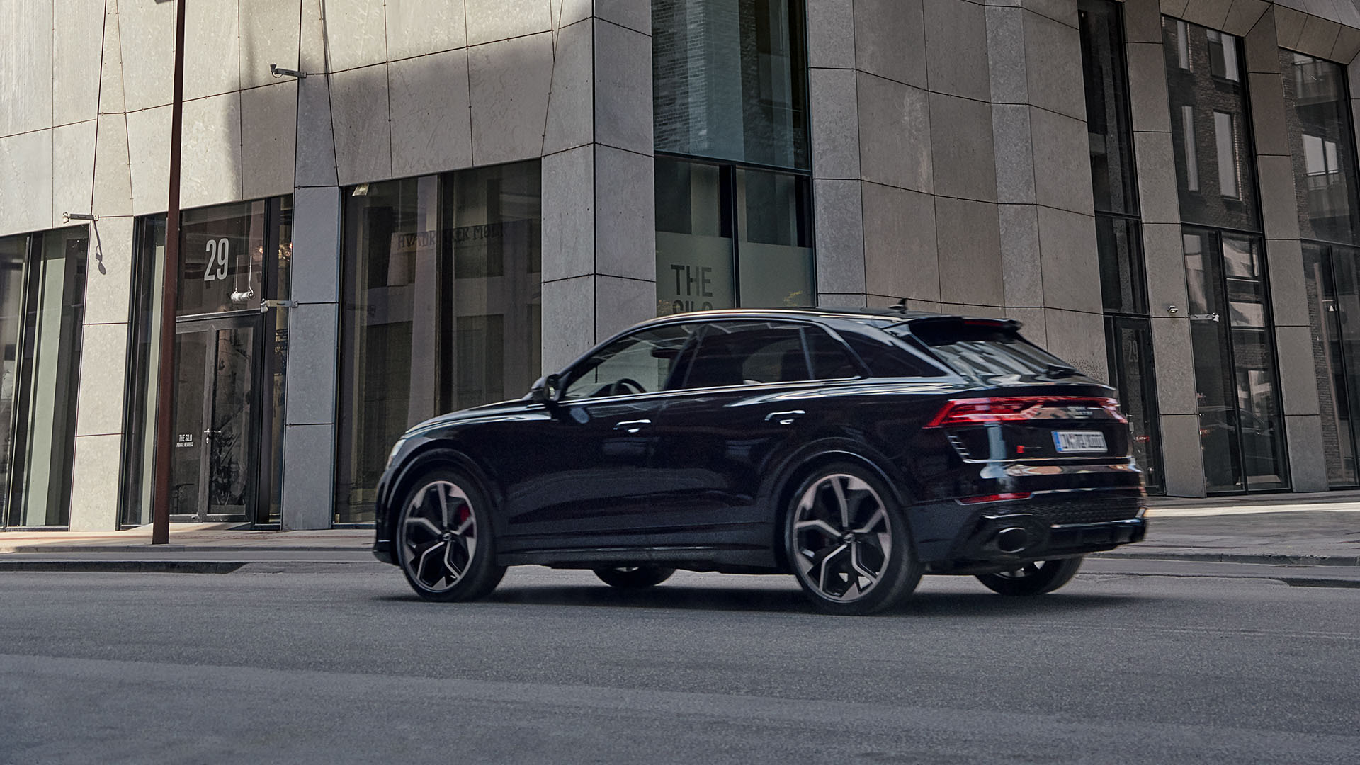 Audi RS Q8 rear view